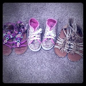 3 PAIRs GIRLS SANDLES/SHOES